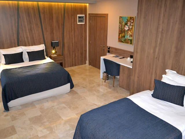 Triple Oda - Extenso Hotel