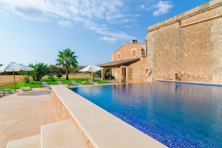 Can Maiol - House for families with private pool - Campos