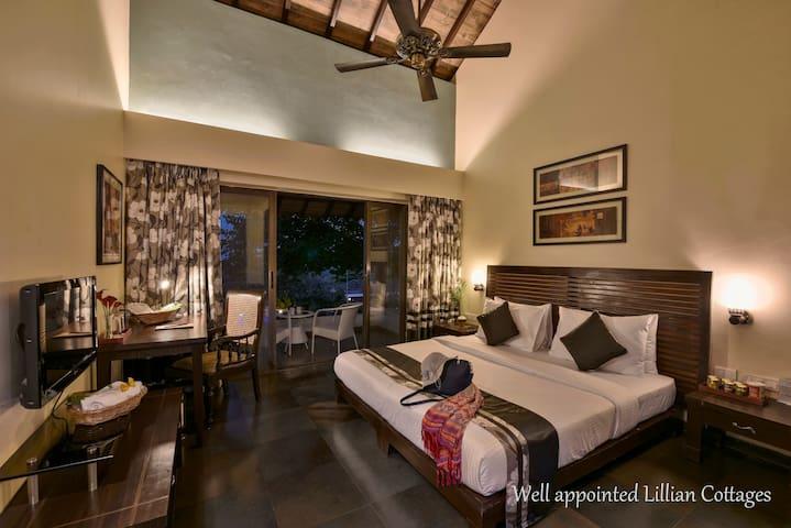 ★ Luxury Lillian Cottage In Dapoli ★