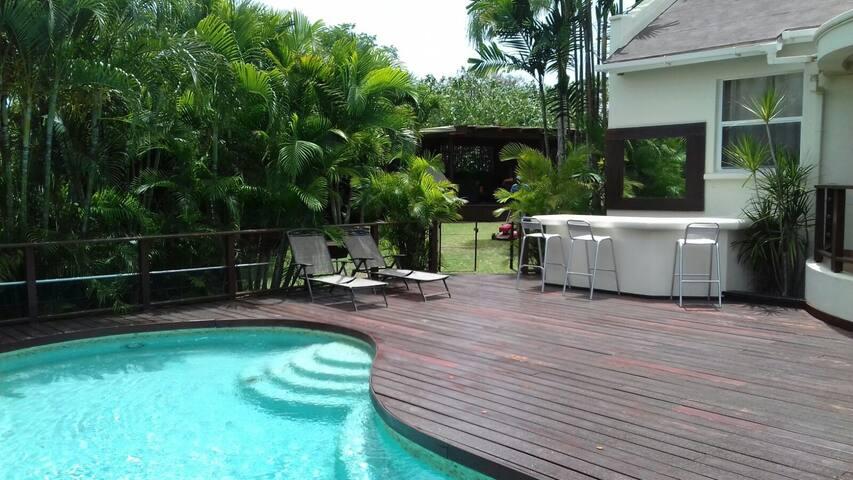 Beautiful spacious West Coast Villa with pool