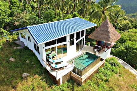 HORIZON Luxury Pool Villa, sea view, free scooter