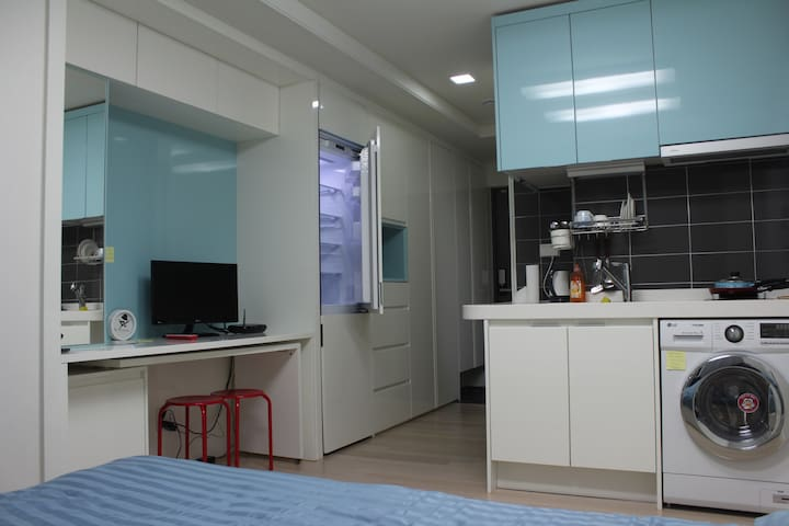 Cozy studio near subway in Dongdaemun-gu - Dongdaemun - Kondominium