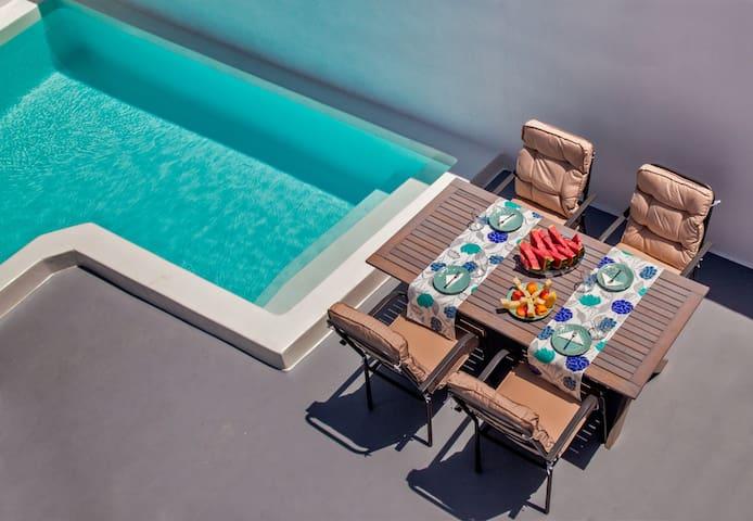 Villa del Sol with private swimming pool