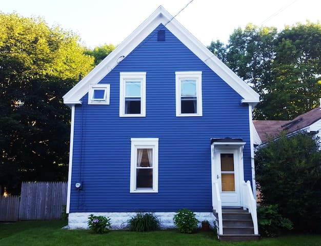 Charming, Family-Friendly Historical In-Town Home - Rockland
