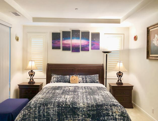 Master bedroom Star Sea with private bathroom