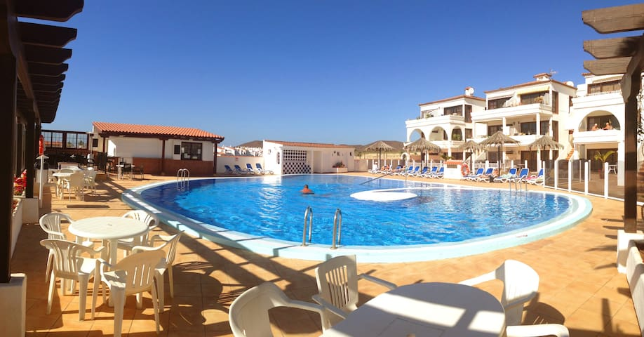 Apartment overlooking golf course, lovely pool - Santa Cruz de Tenerife - Apartament