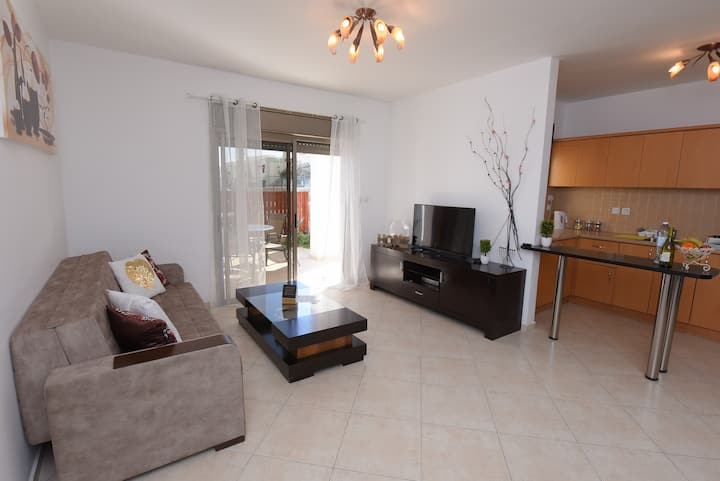 3-room apartment with garden