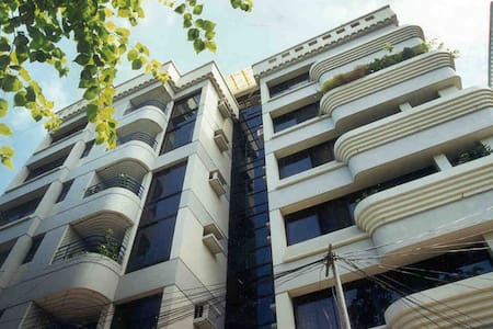 Luxurious 2 Bedrooms in a Diplomatic Zone, Gulshan
