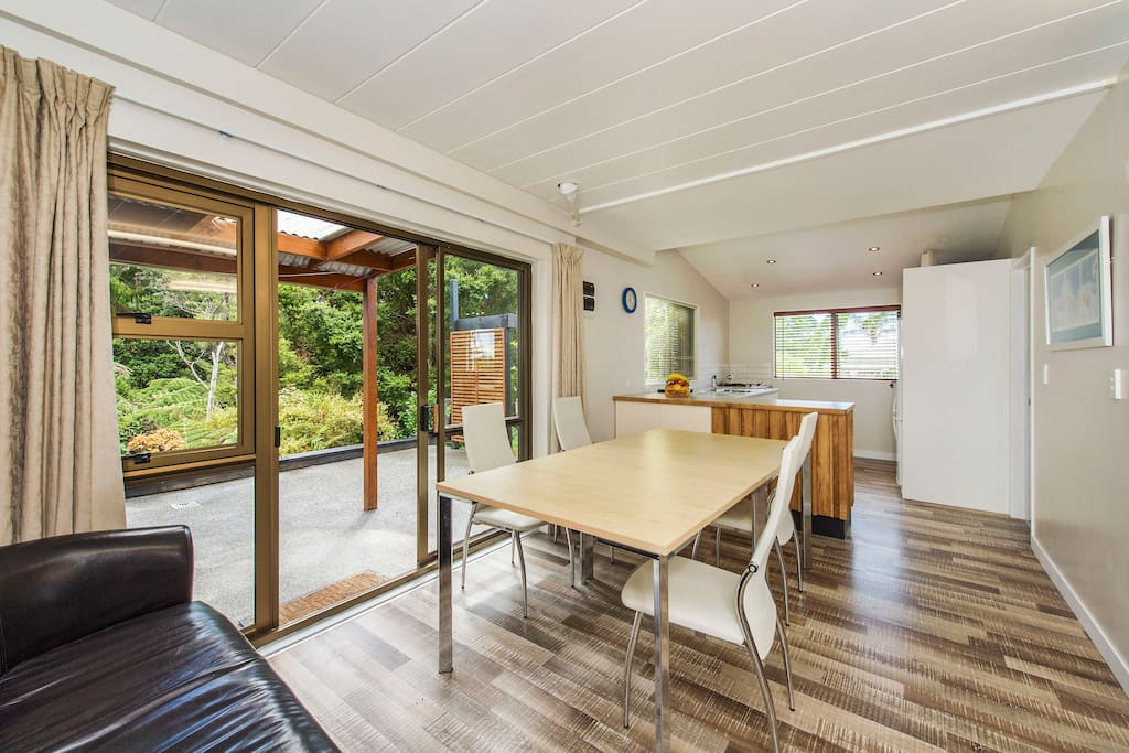 The barn matakana country lodge houses for rent in matakana auckland new zealand Kitchen design course auckland