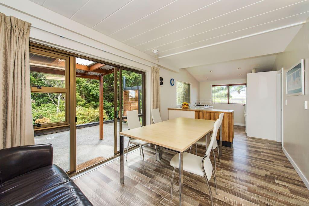 The Barn Matakana Country Lodge Houses For Rent In Matakana Auckland New Zealand