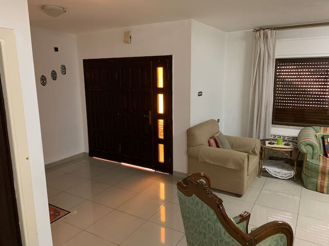2 Bedroom flat for long-term rent (6+ months)