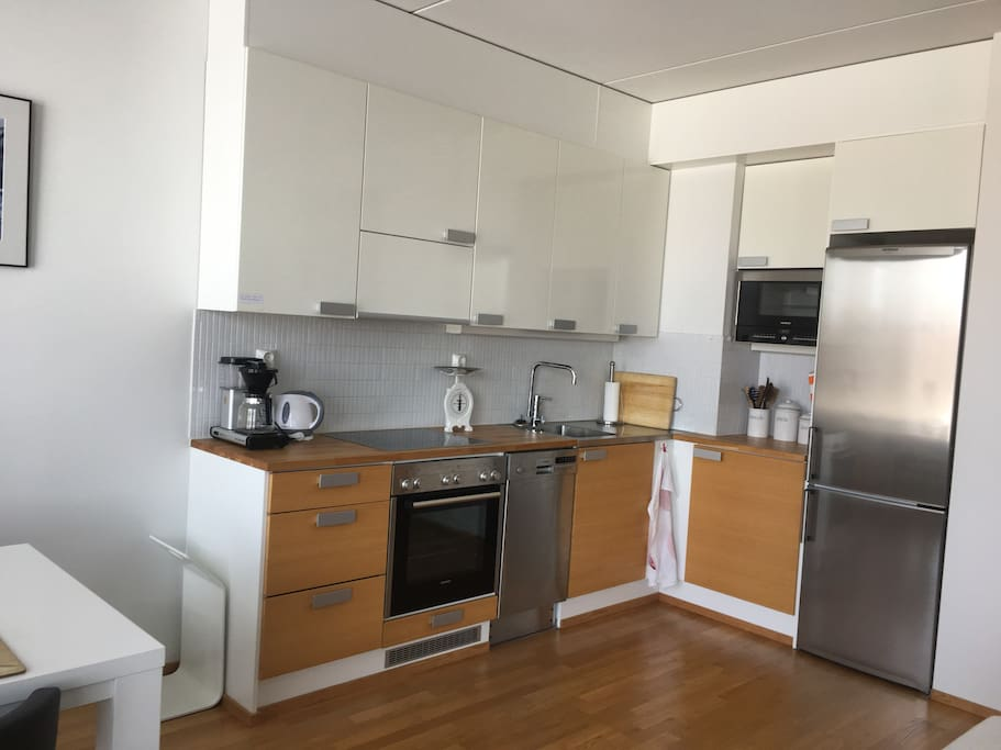 Fully equipped kitchen. You will find a fridge, oven/hob, microwave oven, coffee maker, kettle, toaster and blender. Pots, pans and utensils for cooking. Plates, various glasses and silverware for dining. Tap water in Oulu is pure and clean to drink.