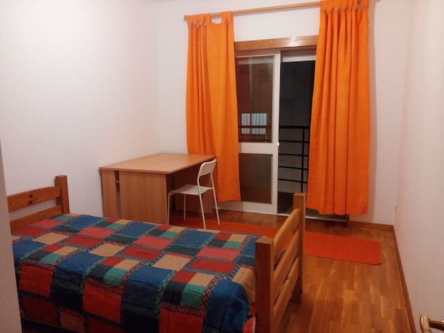 Excelente Room in great location. - Coimbra - Appartement