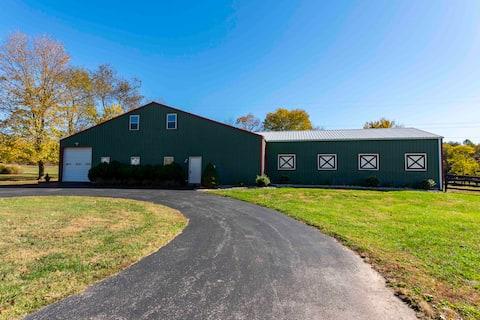 Indian Creek Barn Cottage w/ EV & RV Charger