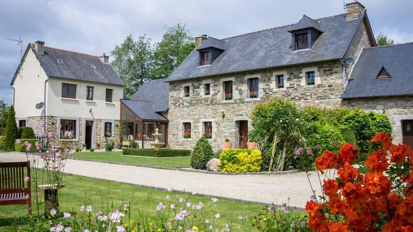 Tres Belle Maison Chambre d'hôte - La Motte - Bed & Breakfast
