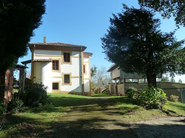 Casa Rural en villa privada - Cordovero