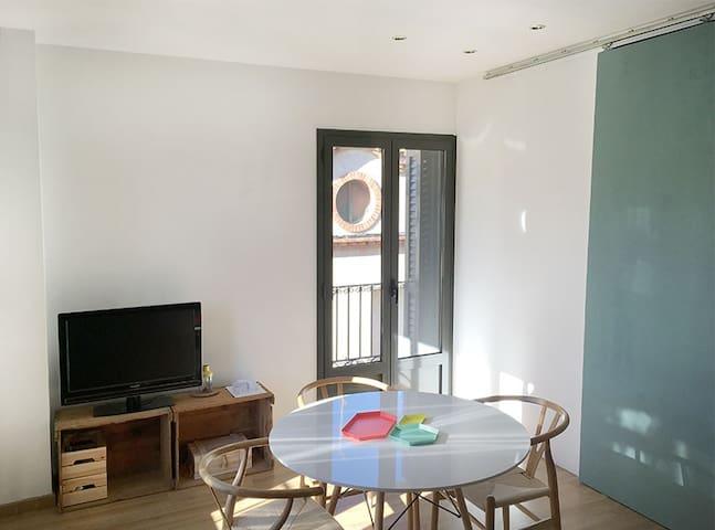 CÉNTRICO I LUMINOSO PISO REFORMADO - Sant Sadurní d'Anoia - Apartamento