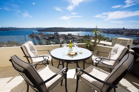 Manly Beachside Living with Spectacular Views!
