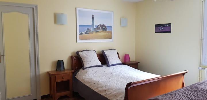 Beau logement autonome à 15 mn du centre de Dijon