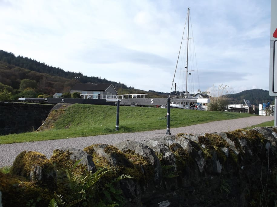 Just a few meters walk to Lock 5 Crinan Canal
