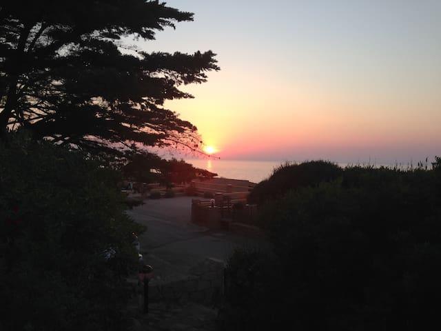 Villa stupenda vista mare-200mt dal mare - Costa Paradiso