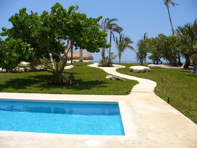 Playa Belleza amazing beachfront 2 bedroom villa