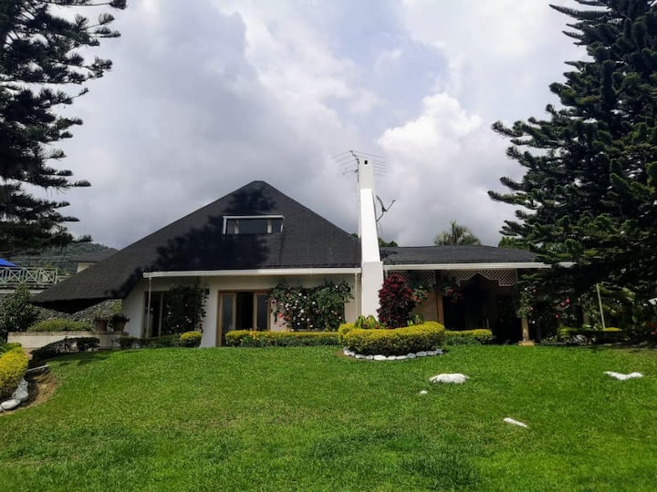 Casa Lago Calima, Darien