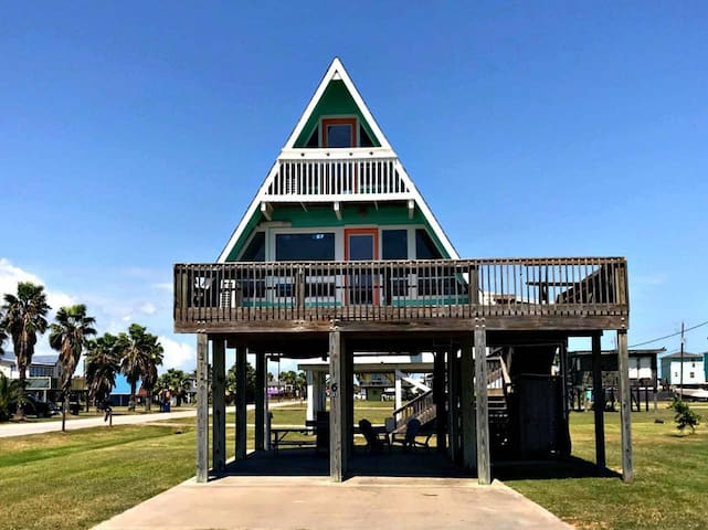 BellaNova Beach-A-Frame in Surfside!