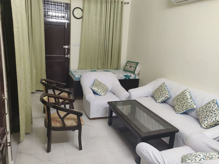 Perfect Serene Private room for solo travelers