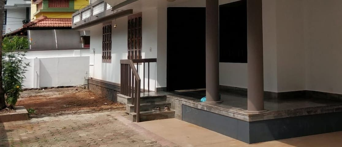 Fully furnished house in Calicut