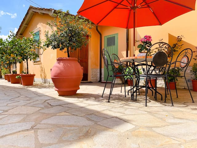 FLAT IN HEART OF NOZZANO CASTELLO