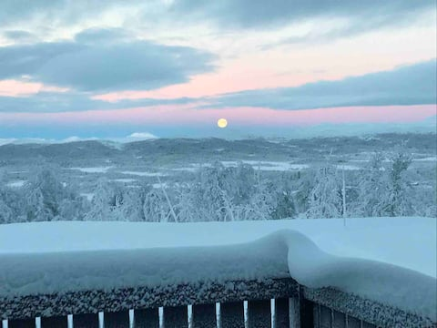High standard cabin - great view, hiking/skiing