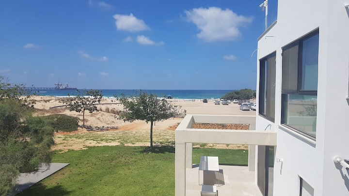 בית חוף הזהב