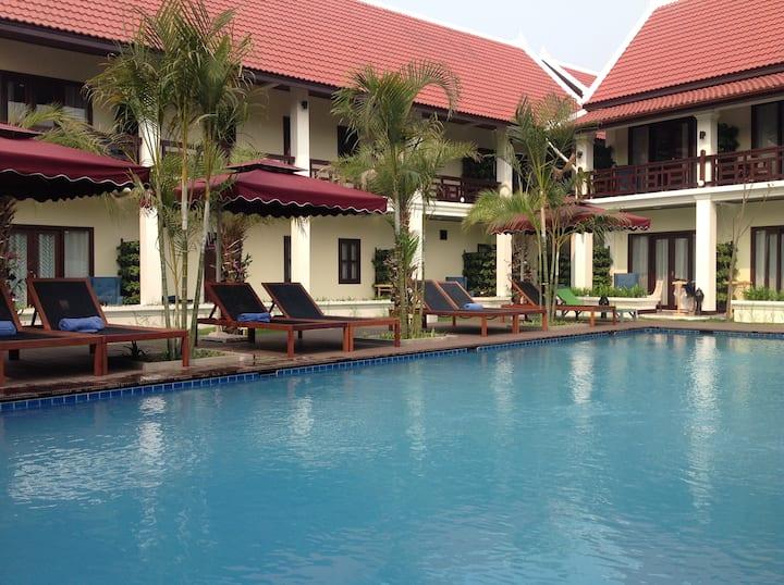 Garden view swiming pool