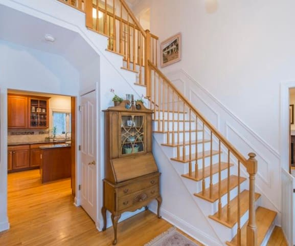 Adorable Private Bedroom Tranquil Chatham Twp