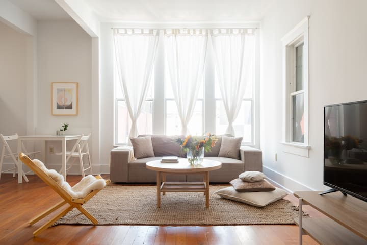 Relaxing Studio Apartment in Little Italy