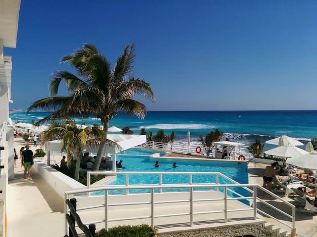 Bonito departamento en Zona hotelera de Cancún