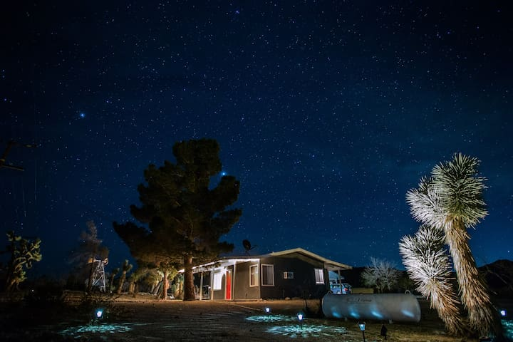 The Pines at Monument Manor - Joshua Tree - Huis