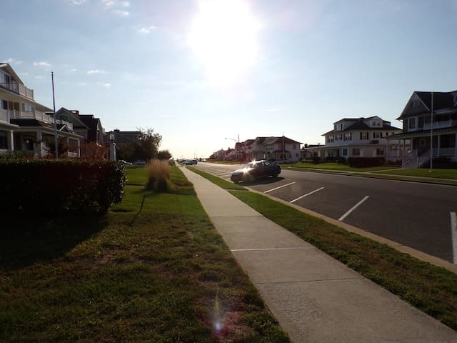 JUST 1.5 BLOCKS FROM AVON BEACH 1ST FL MAIN HOUSE