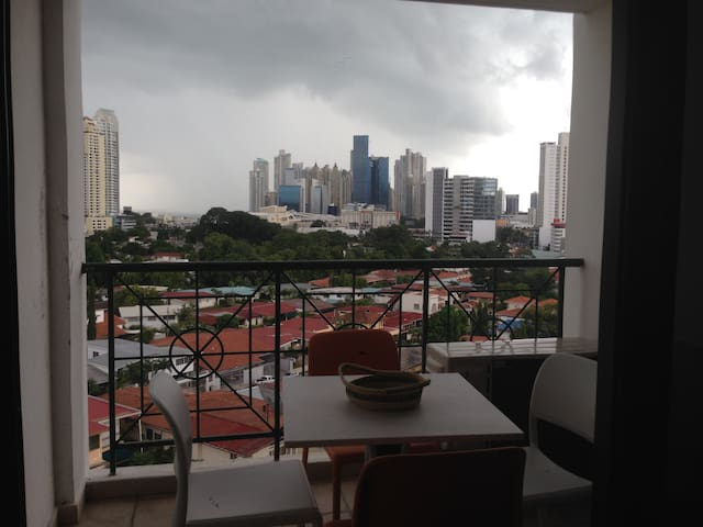 Double Room With Excellent Location - Panamá - Apartemen