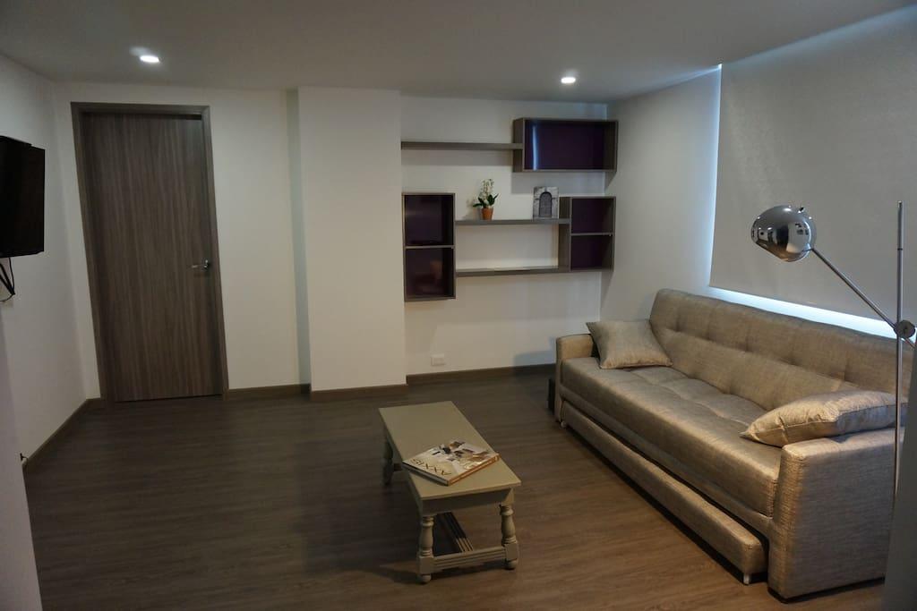 Espacioso y moderno apartamento