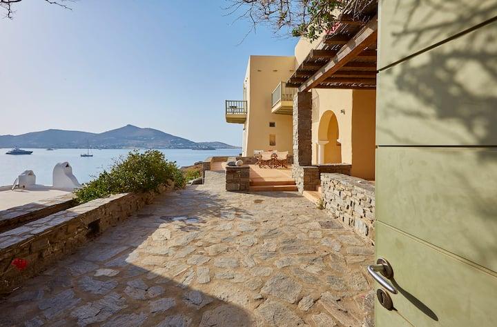 Ochre Dream, Beach front & Sunset villa Naousa (2)