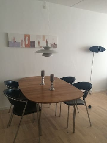 Whole apartment/ 2 bedrooms/2-4 pers. - Roskilde - อพาร์ทเมนท์