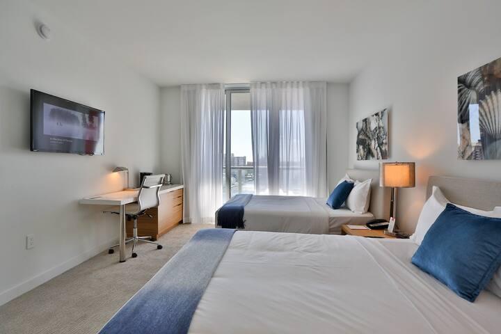 2b2b Apartment at the Beachwalk - Hallandale Beach - Lakás