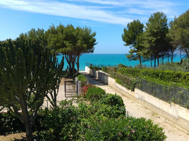 Villa Sara 70m dal mare piano terra - Località San Giorgio - Huoneisto