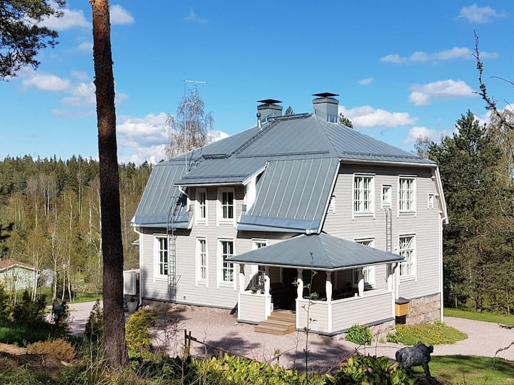 Stylish country villa with beach, 30 min Helsinki