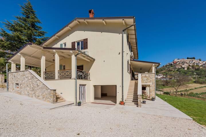Motovun,Villa Urban, house  for 12+2 persons - Motovun - Villa
