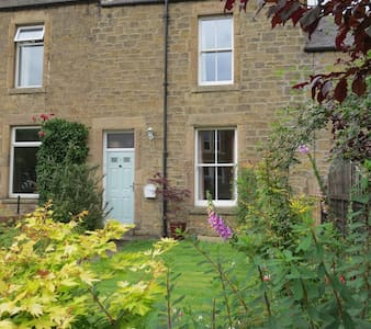 Cosy house near Hexham town centre - Hexham - House
