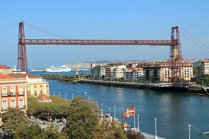 Room with balcony+Breakfast Bilbao - Portugalete - Flat