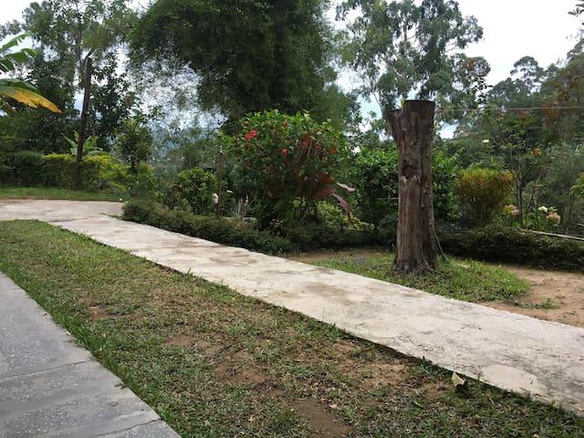 Bandarawela house en route to Ella